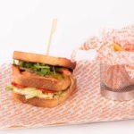 Sandwich de salmón en Restaurante Atracón Express
